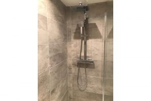 Bathroom-fitted-by-heating-services-ltd(5)